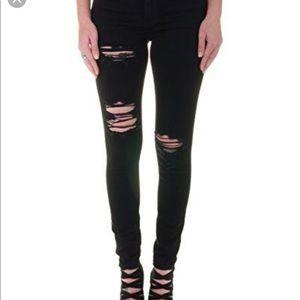 Never Worn skinny Jean!